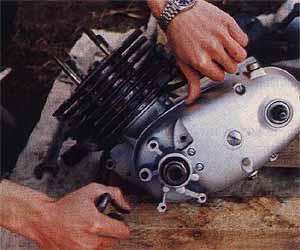 Разборка-сборка ковровского двигателя.